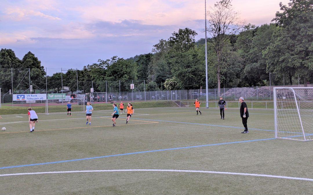 Frauen- und Mädchenfußball im Juni/Juli 2021